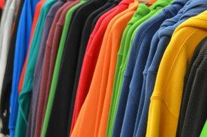 разноцветные худи
